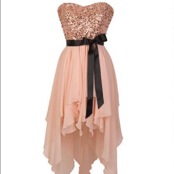 480e8e30a3f Inspire Me Dresses & Skirts - Light Pink Sequined Strapless Flowy Dress💗  SIZE:9